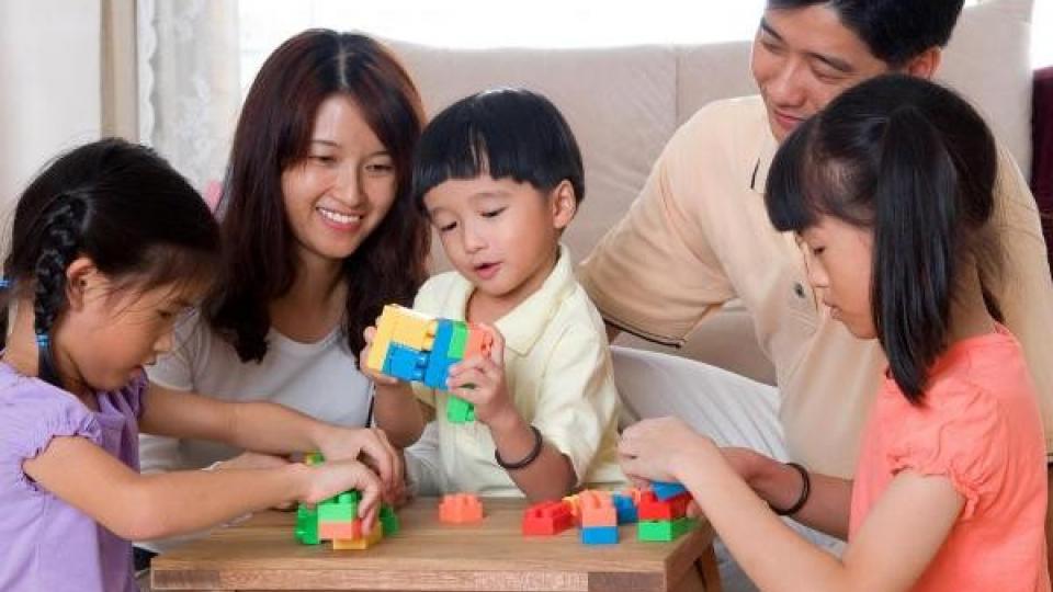 Chuyện cuối tuần: Bảo vệ trẻ em từ trong mỗi gia đình
