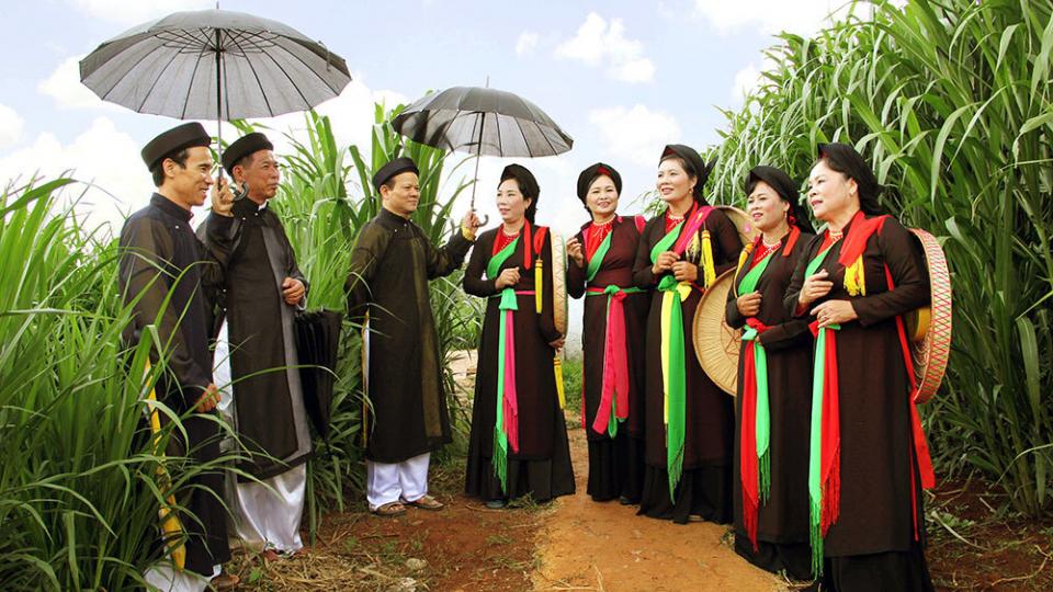 Văn hóa và du lịch: Những đóng góp của nghệ nhân với di sản Quan họ