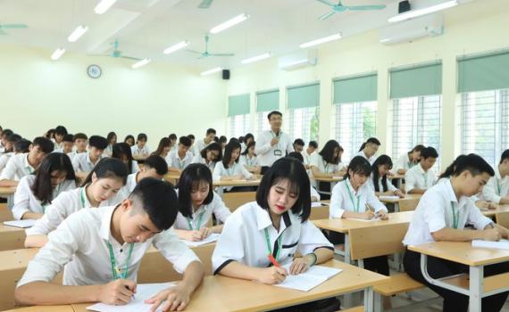 Tự chủ Đại học: Nỗi lo học phí tăng