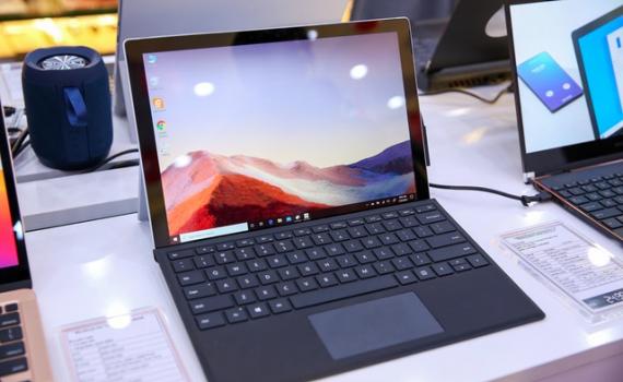 Microsoft lần đầu đưa máy tính Surface về Việt Nam