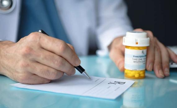 Thuốc điều trị Covid-19 sẵn sàng bán vào cuối năm nay, khi được phê duyệt