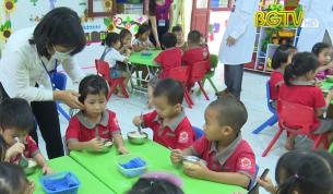 HĐND với cử tri: Vấn đề bếp ăn trong trường học