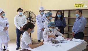 Kiểm tra công tác tiêm vắc xin phòng Covid- 19