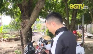 CSGT Lạng Giang xử lý vi phạm xe mô tô không lắp gương chiếu hậu