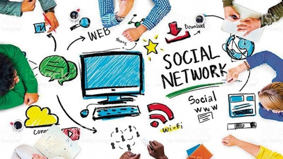 Văn hóa và du lịch: Trách nhiệm với việc chia sẻ thông tin trên mạng xã hội