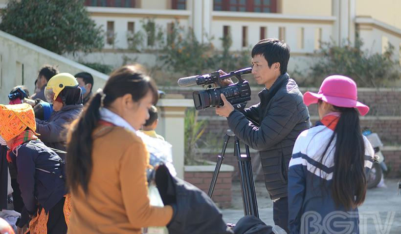 Hoạt động thiện nguyện, hỗ trợ các hoàn cảnh khó khăn luôn được đội ngũ những người làm truyền hình, báo chí đặc biệt quan tâm những năm qua.