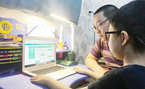 Dạy – học trực tuyến lớp 1: Cô chủ động, trò tích cực