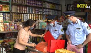 Chống buôn lậu: Quản lý thị trường hàng Trung thu