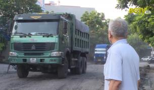 Yên Thế: Người dân khổ sở vì hoạt động xe chở than, đá chạy qua địa bàn